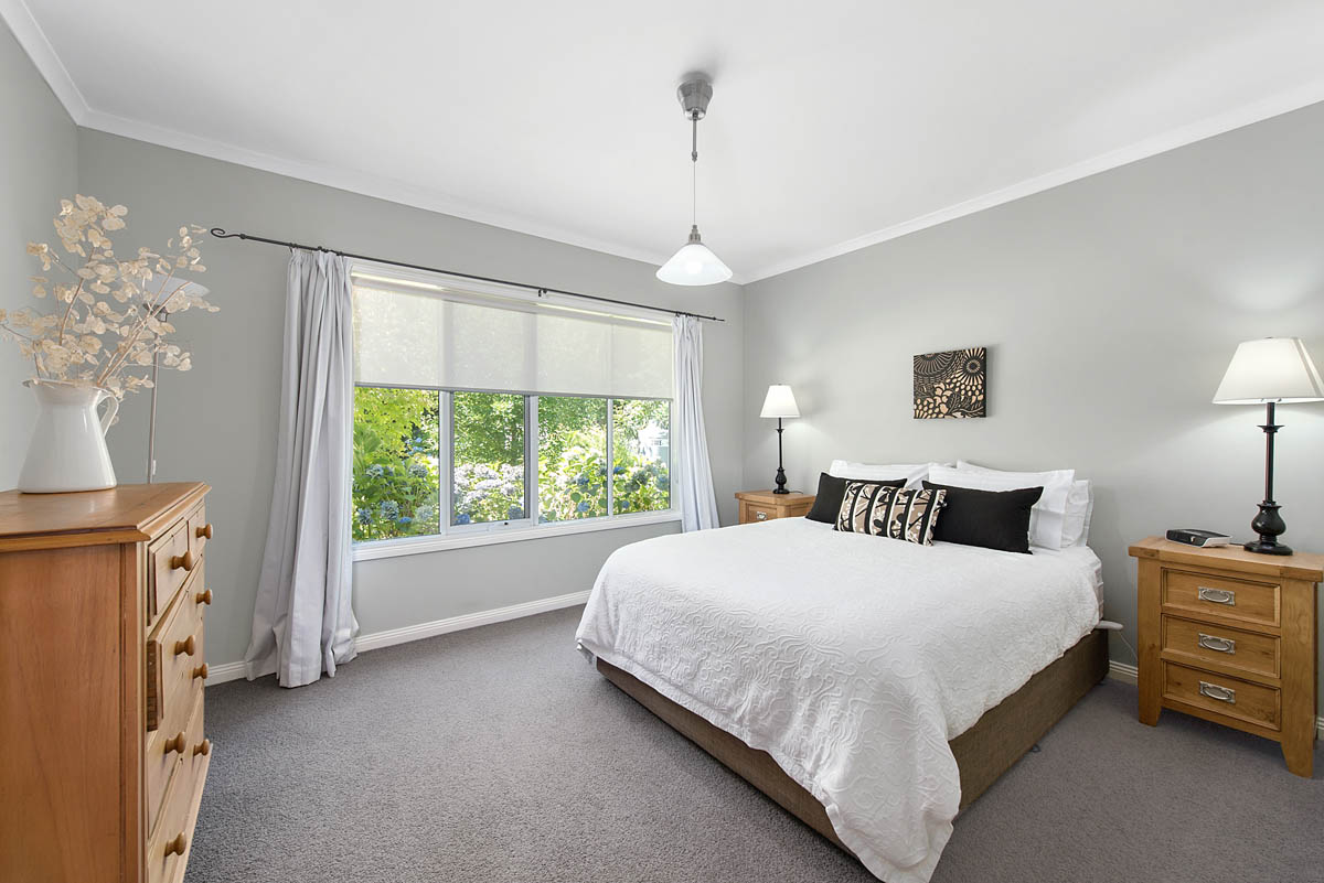 047_Open2view_ID450518-1120_Buxton_Road